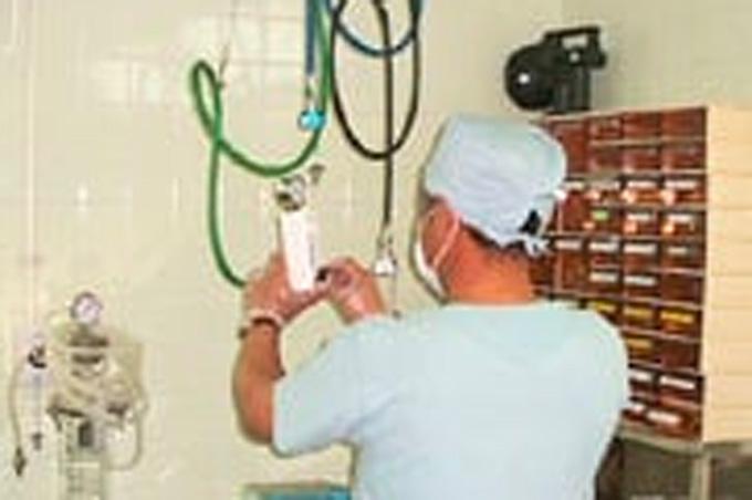 医療ガス供給設備点検